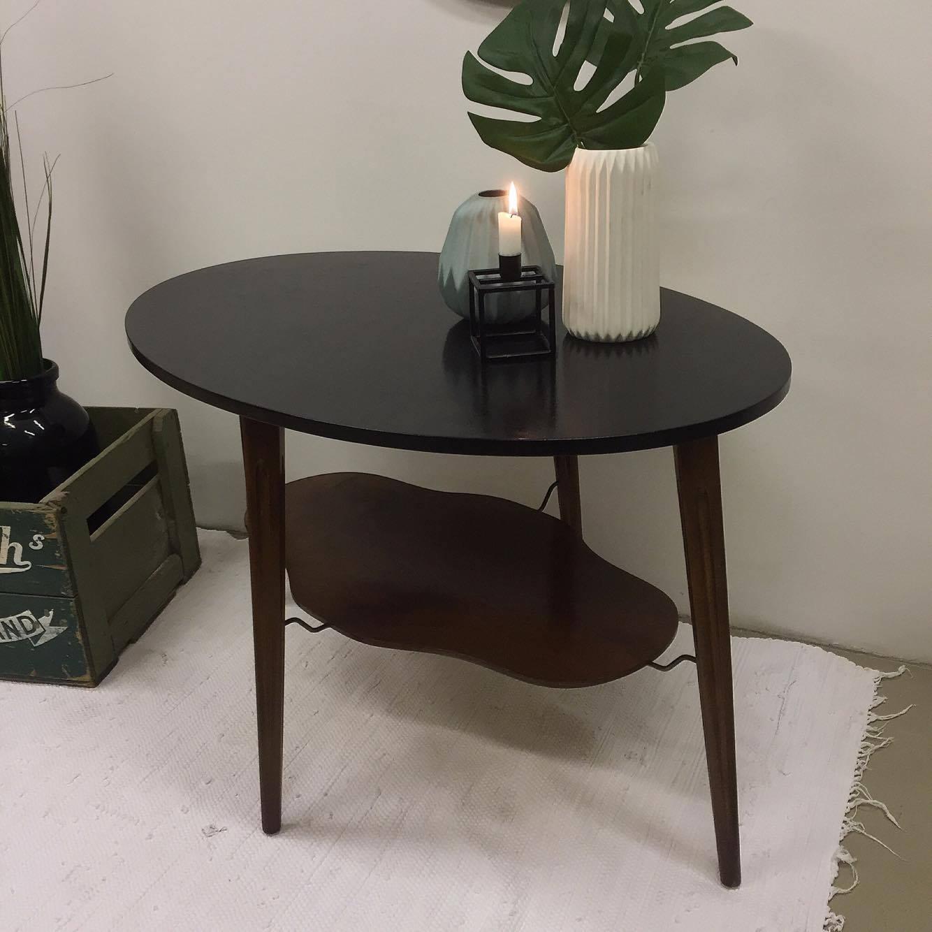 Lækkert sofabord med magasinholder / hylde , SOLGT - Lopper med ...