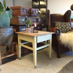 Fint lille sofabord - SOLGT - Lopper med nostalgi